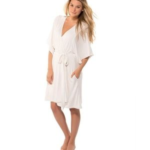 Barefoot Dreams Luxe+Milk Jersey ivory short robe